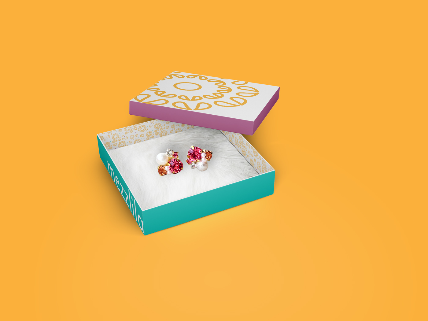 mezzlila jewelry box with earrings